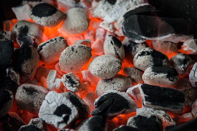 Jak wykorzystać węgiel drzewny po grillu