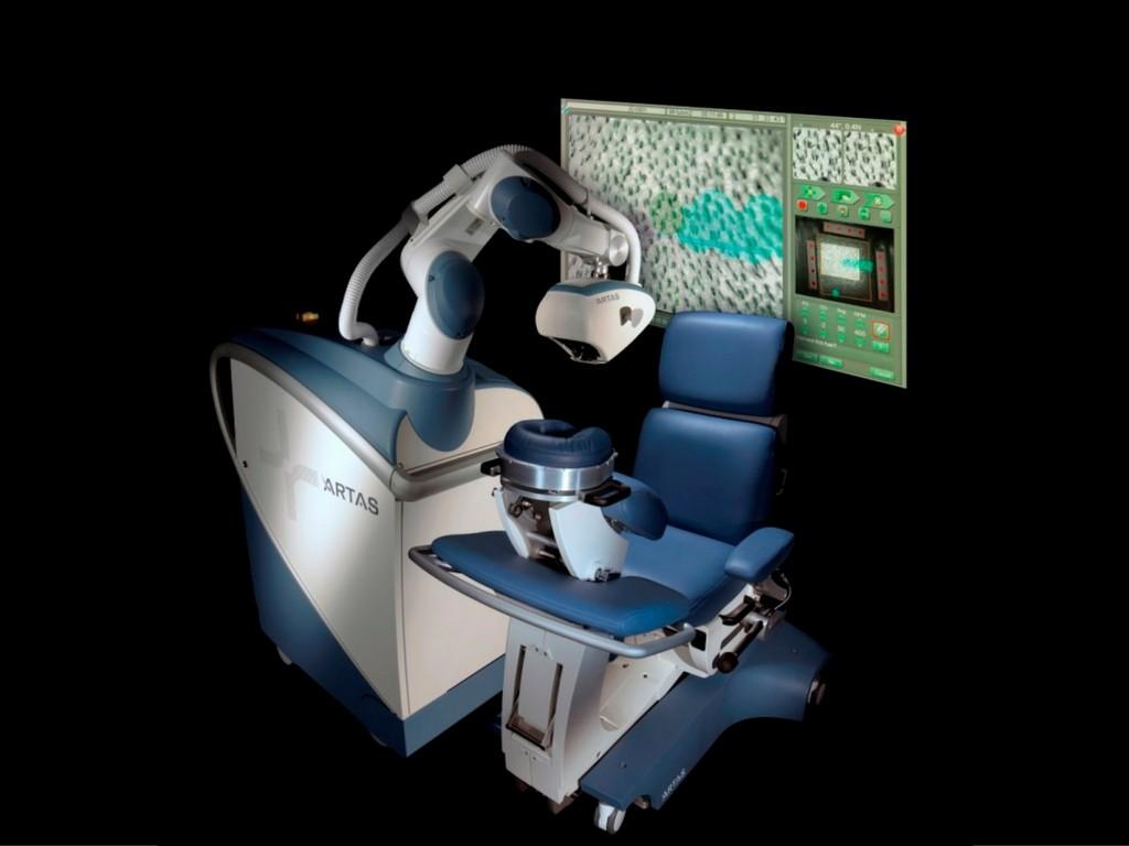 Robot będzie transplantował włosy