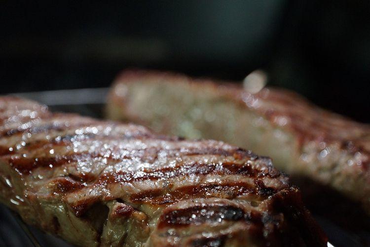 Mów nie, gdy kelner proponuje stek dobrze wysmażony. Dlaczego?