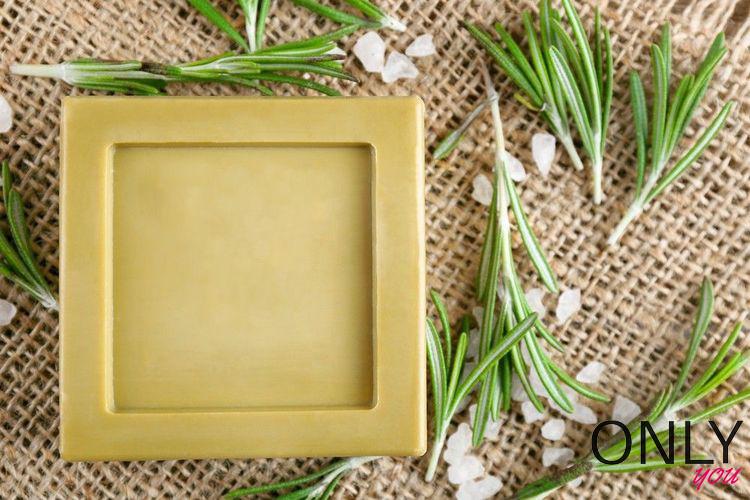 DIY: domowe mydło z rozmarynem