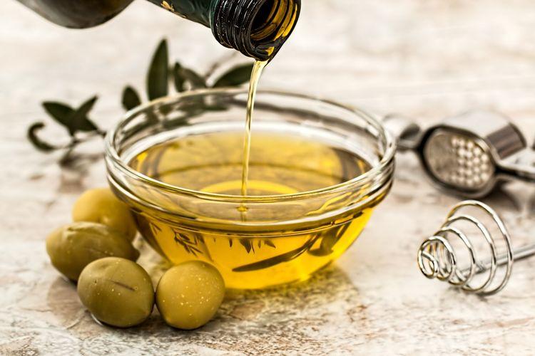 Naturalny kosmetyk: oliwa z oliwek