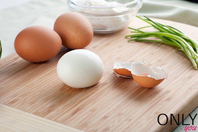Jak malować się jajkiem