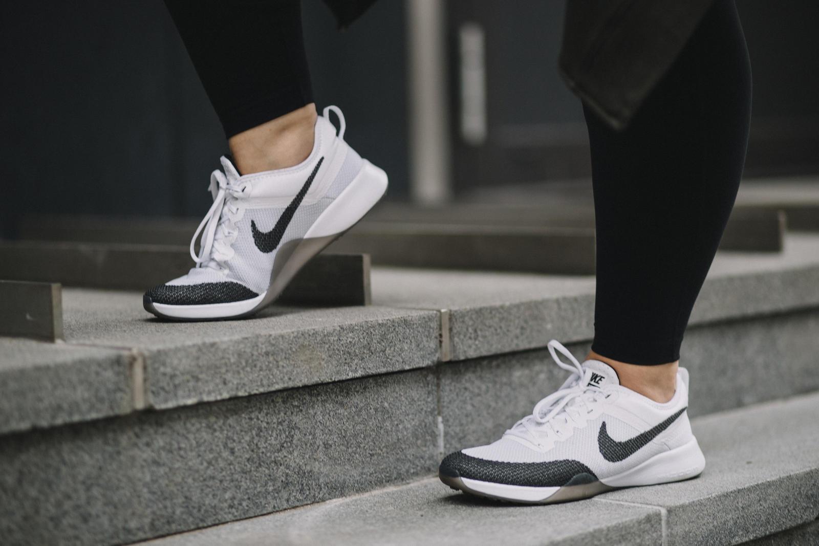 Danielle_Nike_-8_native_1600