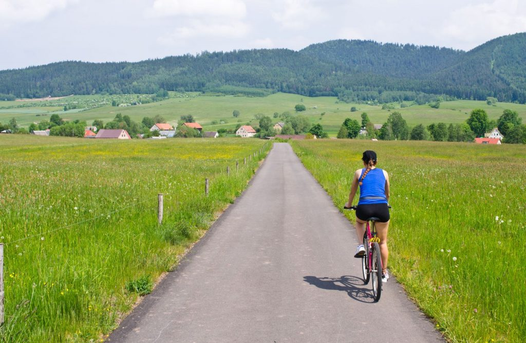 Wsiądź na rower i zwiedzaj Polskę! Szlaki rowerowe, które warto poznać