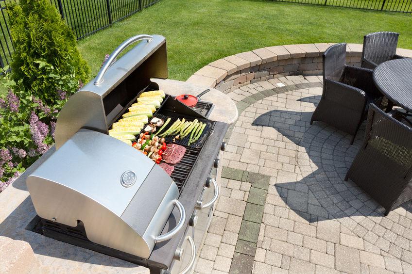 Sezon grillowy czas zacząć! Czy wiesz, jak działa grill gazowy?