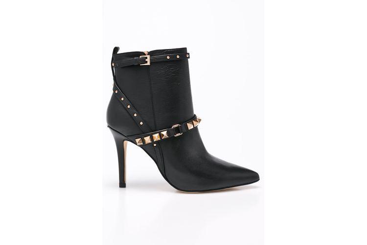 Czarne botki – buty, które muszą się znaleźć w Twojej jesiennej garderobie