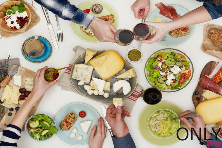 Jak przeżyć obiad u rodziny i nie zwariować