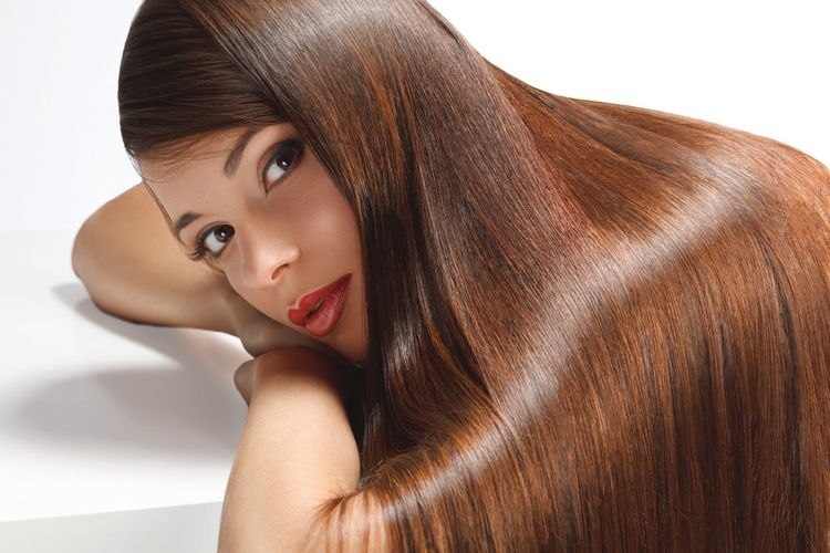 Jak dbać o farbowane włosy