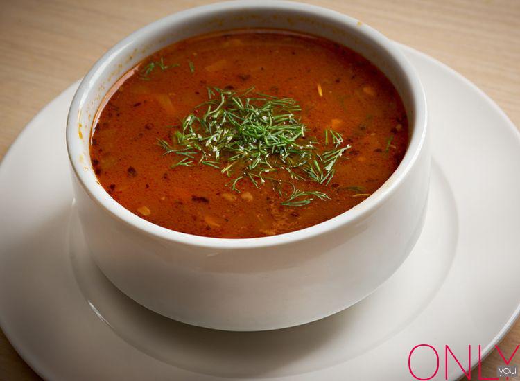 Zupa pomidorowa po francusku, po angielsku, po turecku