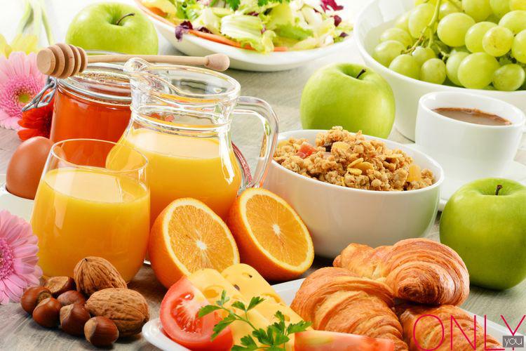 10 pomysłów na szybkie śniadanie