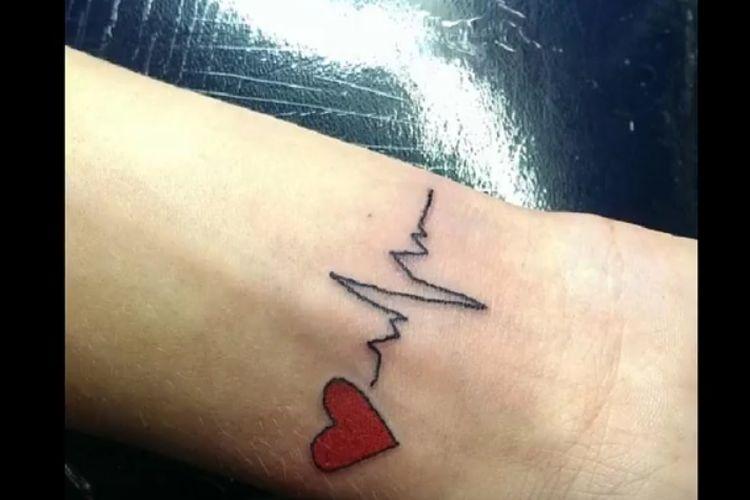 Tatuaż Z Rytmem Serca