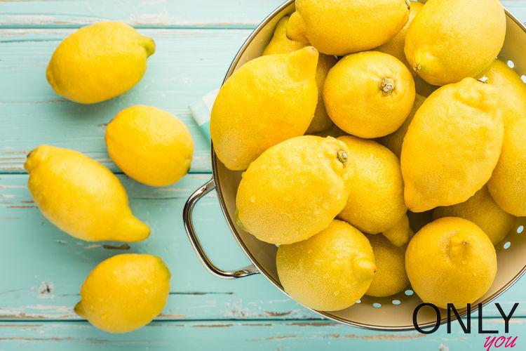 Jak przedłużyć świeżość cytryn?