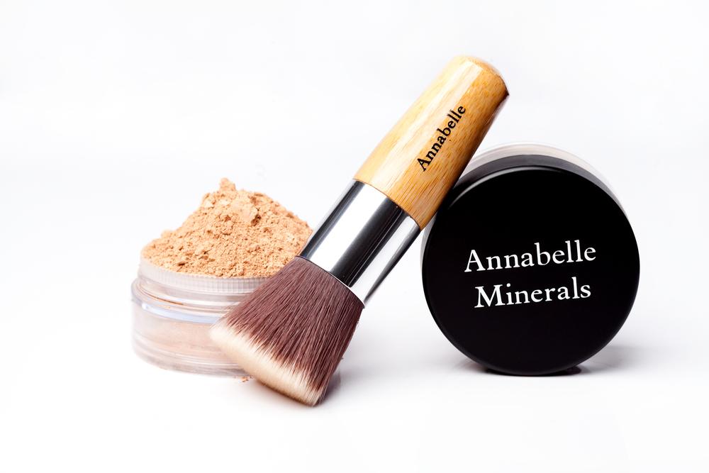 Primer Pretty Neutral – glinkowy puder od Annabelle Minerals