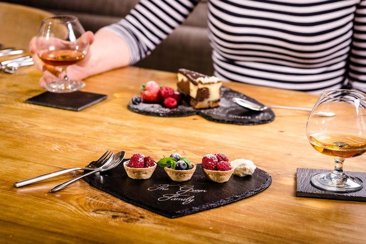Rząd Wielkiej Brytanii wprowadza zakaz podawania wielkich deserów