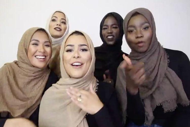Kolekcja cielistych hidżabów