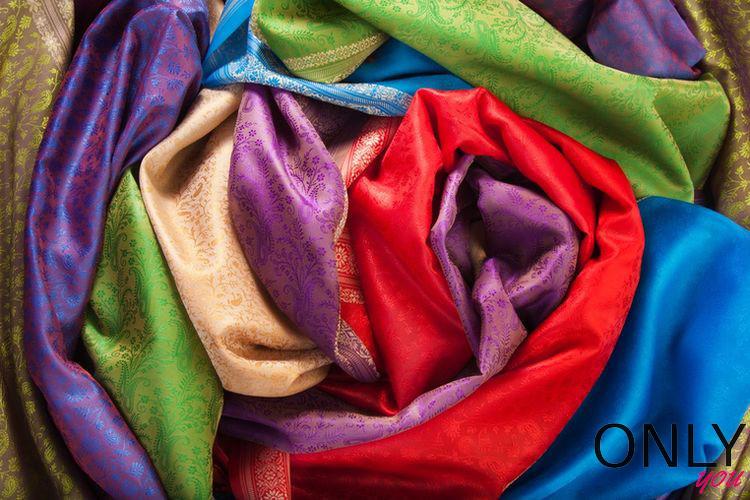 Jakie tkaniny zakładać w upały