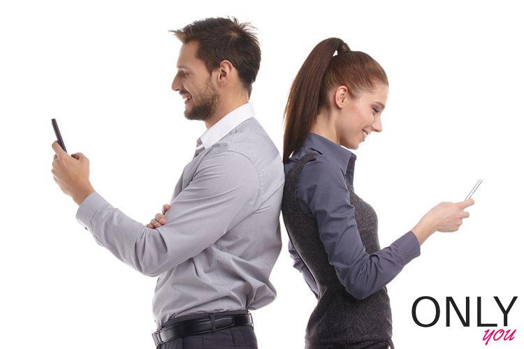 połączyć się z dziewczyną z pracy