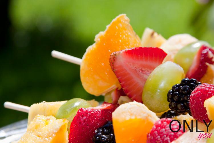 Owocowe szaszłyki na lato
