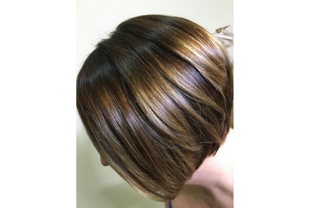 5 zasad koloryzacji włosów w domu, aby osiągnąć efekt jak z salonu fryzjerskiego