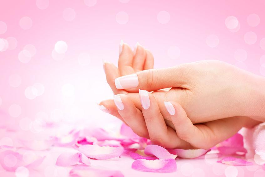 Jak pielęgnować paznokcie