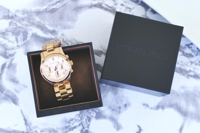 Czy designerskie zegarki są idealne na prezent?