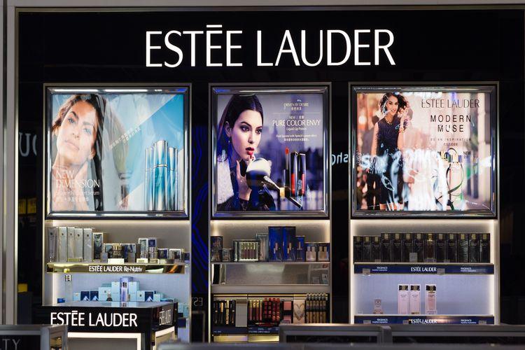 Fei Fei Sun nową modelką Estée Lauder