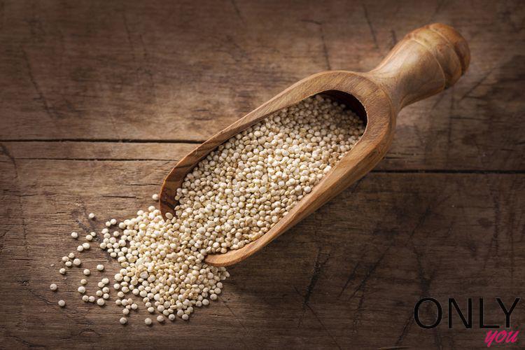 8 powodów, dla których warto jeść komosę ryżową