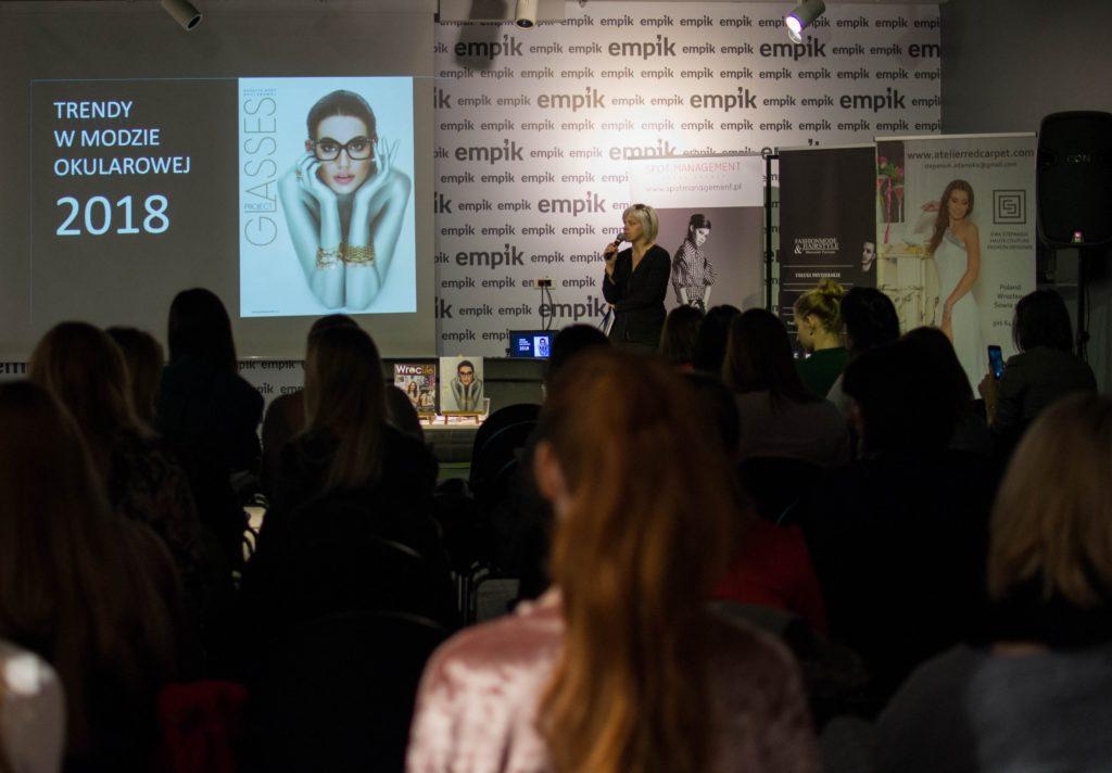 """Konferencja """"Moda a biznes"""" w ramach trzeciej edycji Project Fashion"""