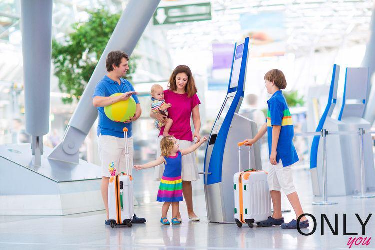 Jak znaleźć spokojne miejsce w samolocie, z dala od płaczących dzieci