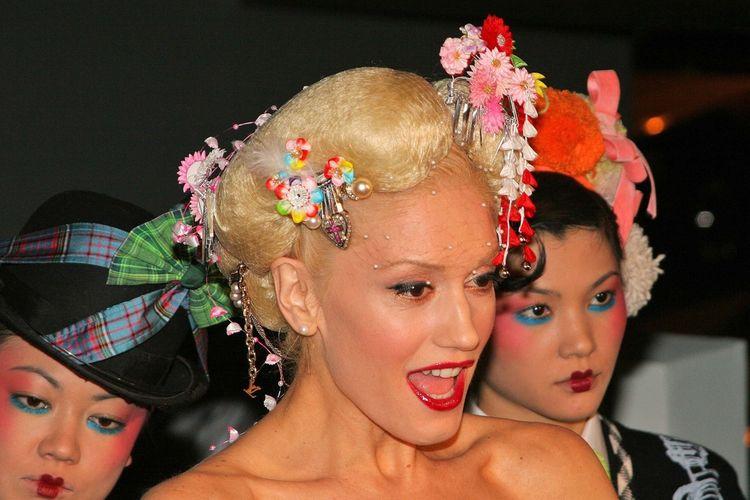 Gwen Stefanie poleca swoje kosmetyki