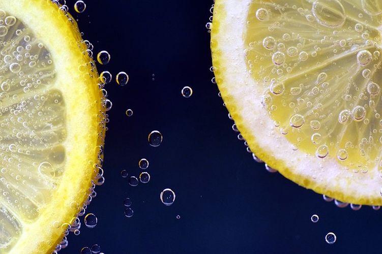 DIY: 3 pomysły na domową lemoniadę