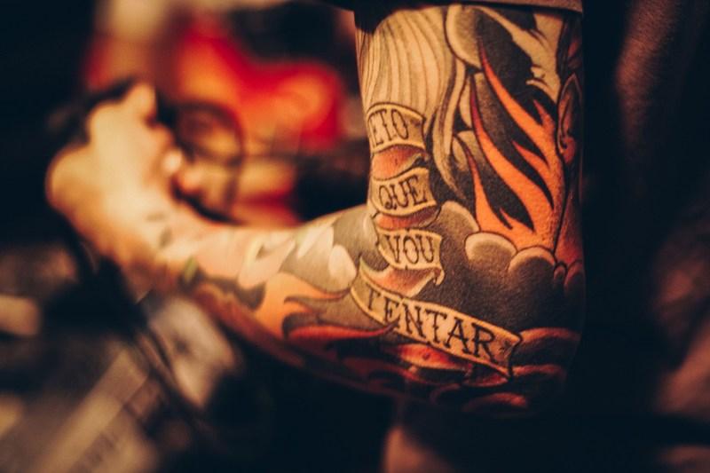 Jak wymazać błędne decyzje, czyli PICOPLUS w walce z niechcianymi tatuażami