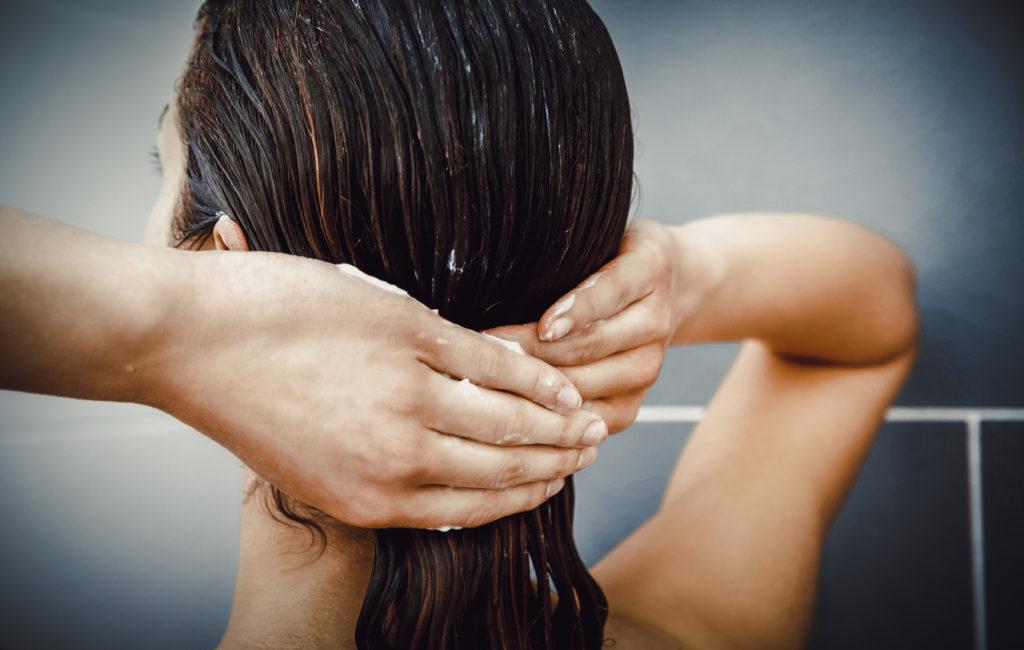 Czy warto sięgnąć po odżywkę do włosów Extentioniste?