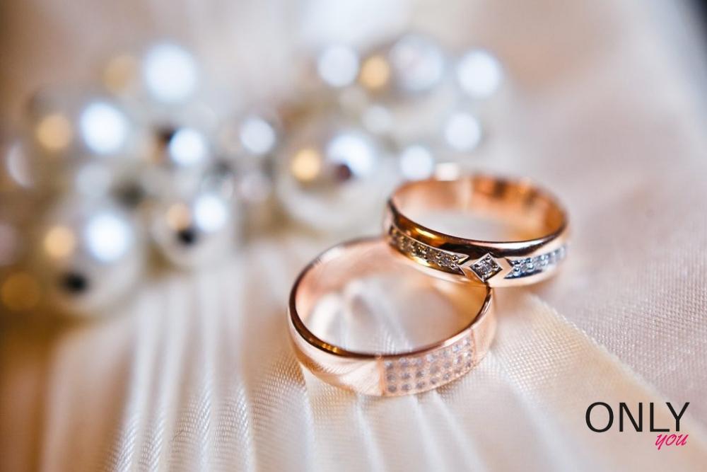 Obrączka ślubna – skąd się wzięła?