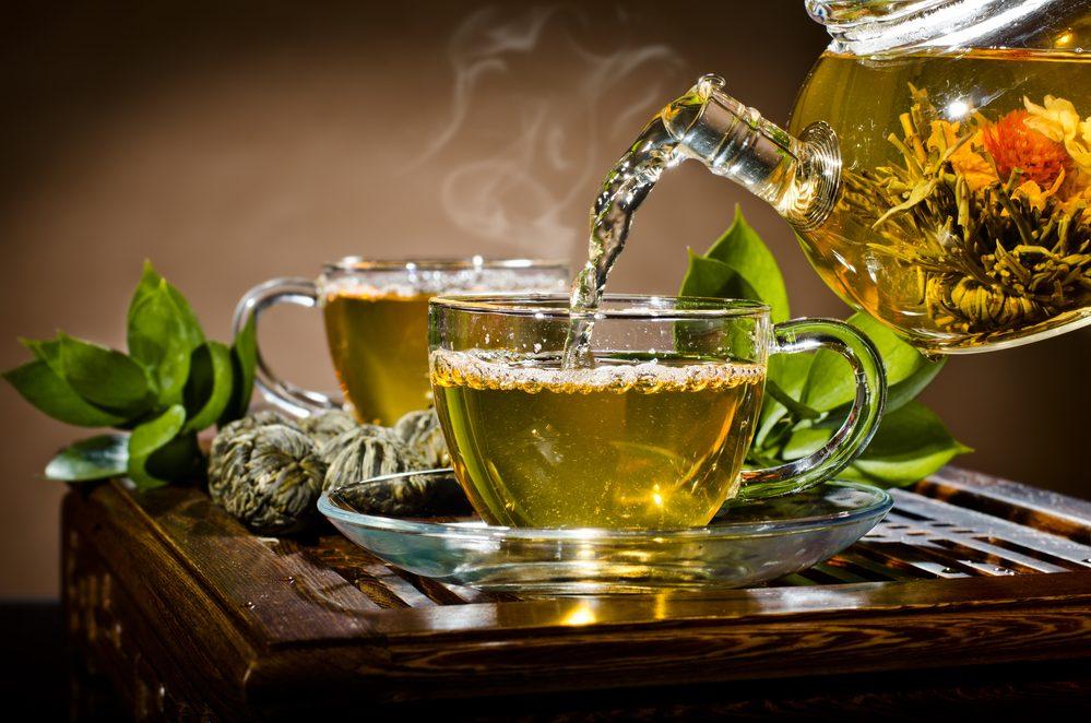 Herbata – jak na nas działa?