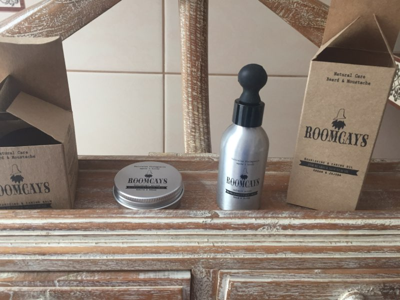 Olejek do wąsów i brody od marki Roomcays oraz ich balsam