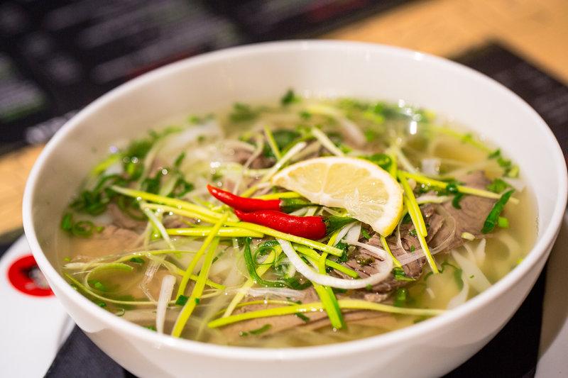 Azjatyckie dania, które uwielbiają Polacy