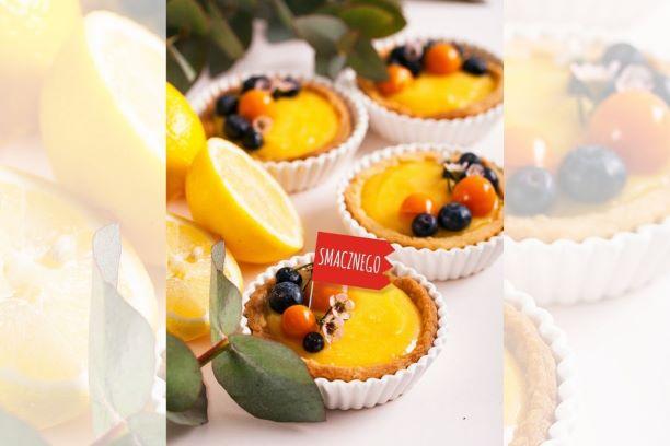 Tartaletki z lemon curd i owocami