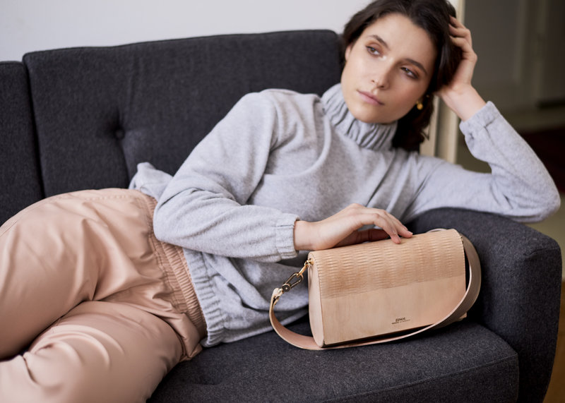 Zisou – drewniane torebki