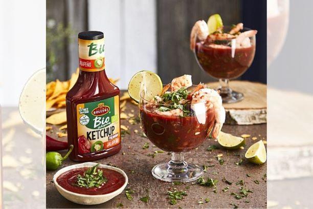 Meksykański koktajl krewetkowy z awokado, kolendrą i limonką