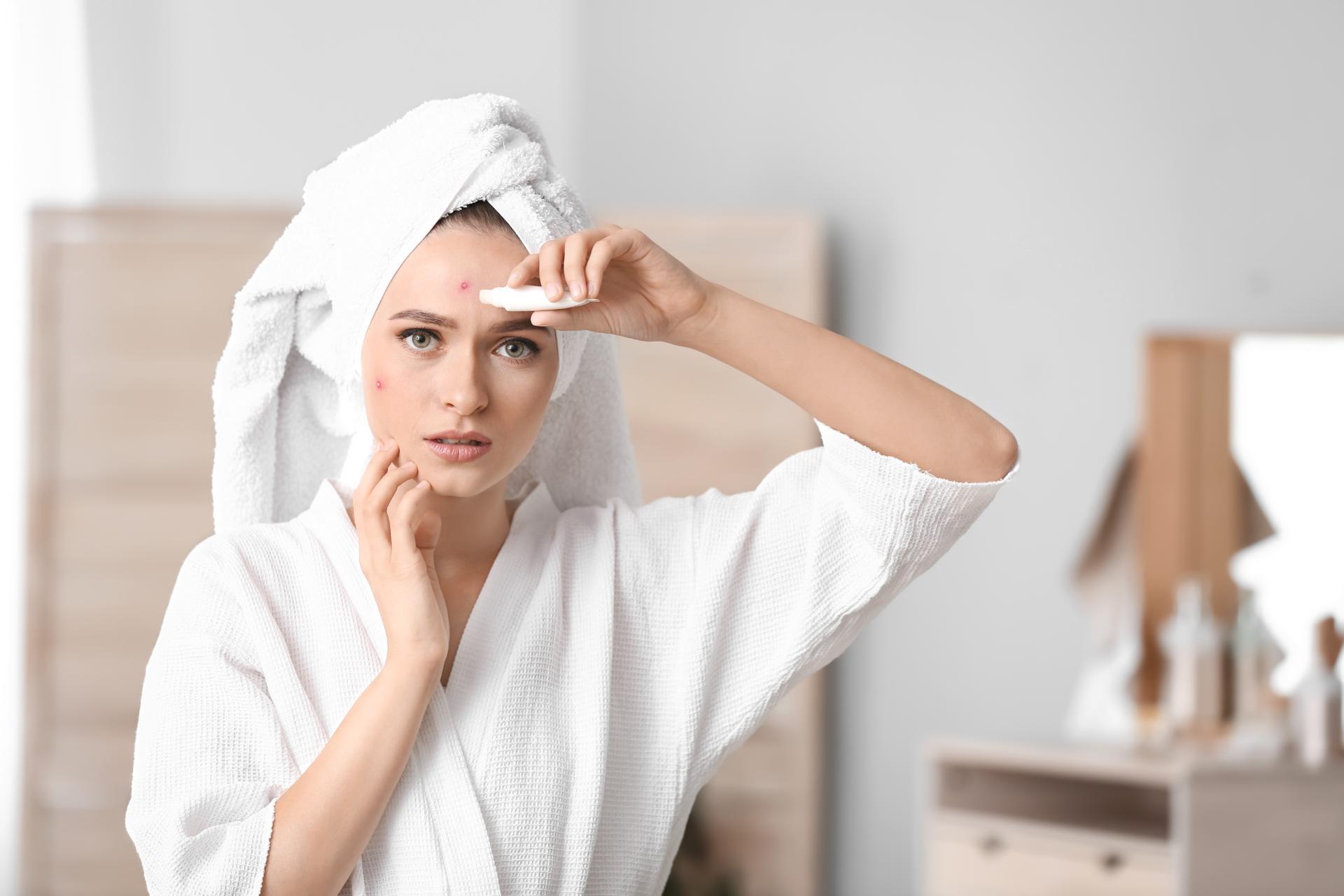 3 błędy w pielęgnacji cery tłustej