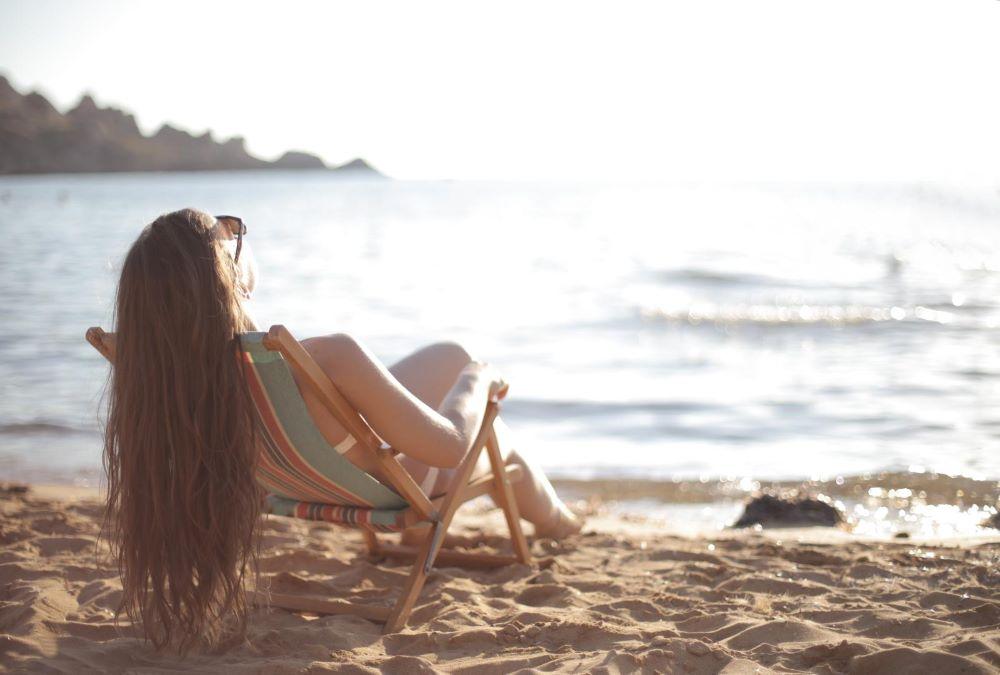 Jak uchronić się przed słonecznym poparzeniem
