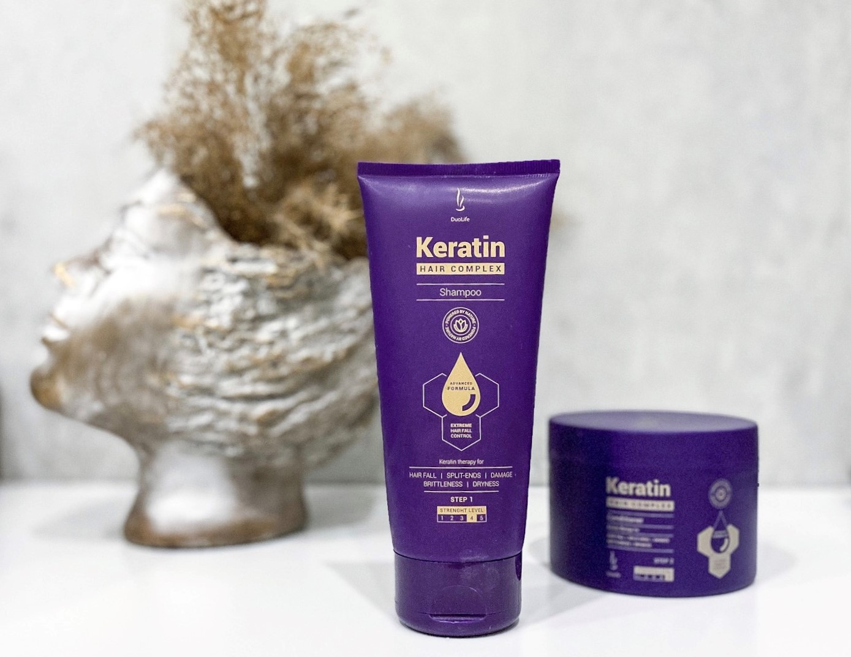 Jak pielęgnować włosy latem