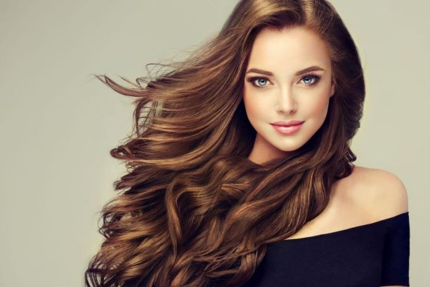 Pielęgnacja włosów farbowanych i z pasemkami