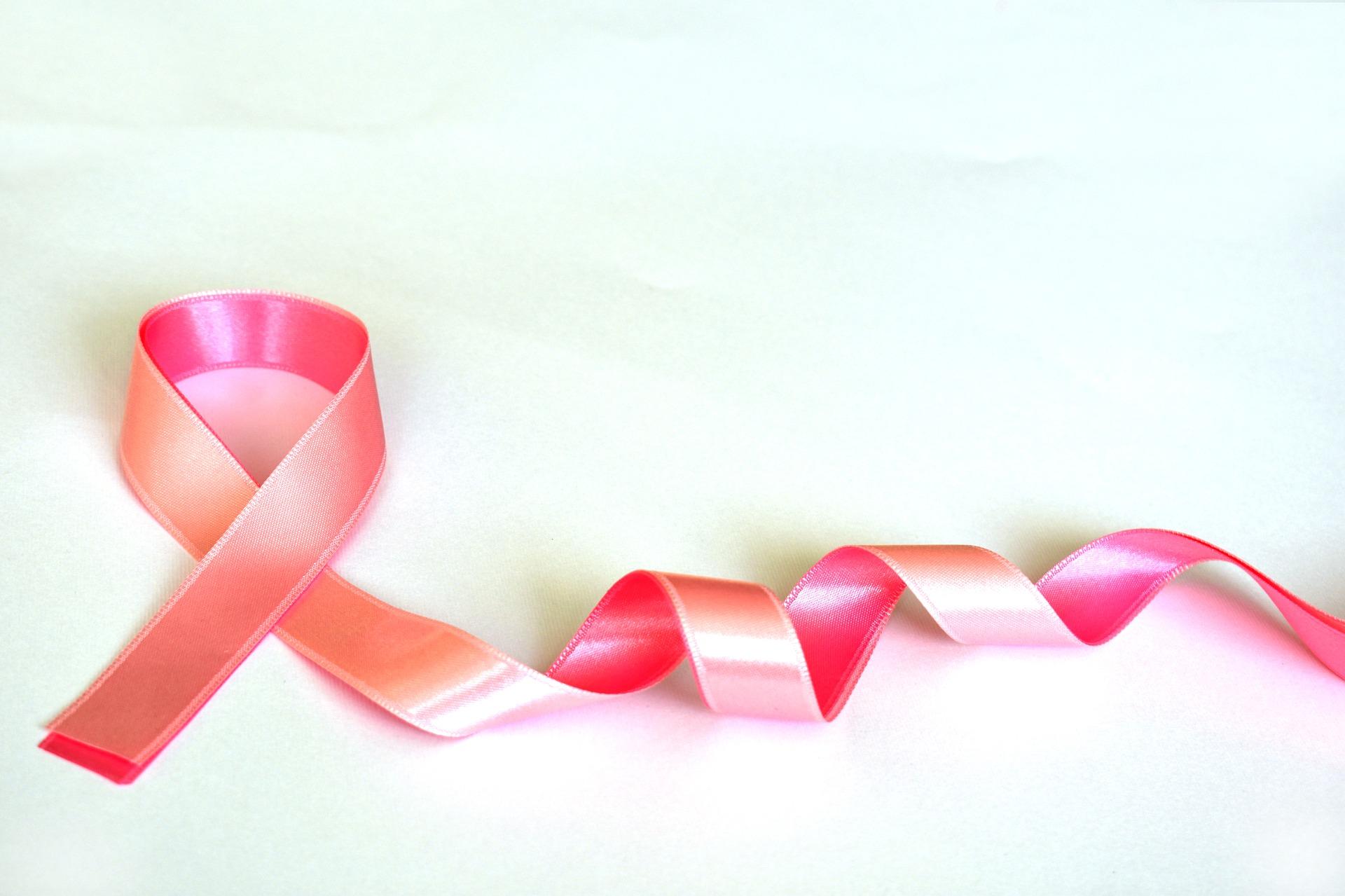 Październik – zbadaj piersi