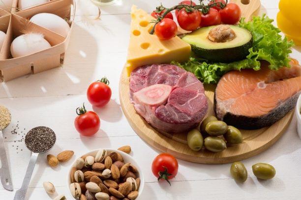 Dieta ketogeniczna popularna wśród Polaków – czy słusznie?