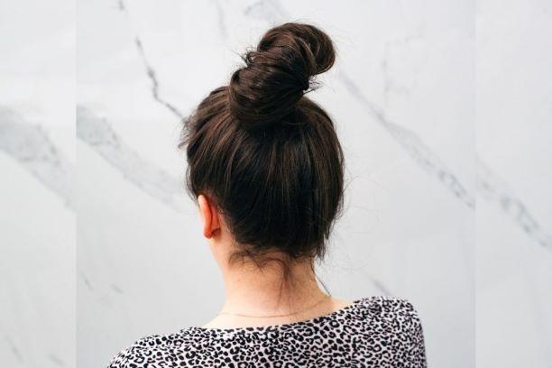 Wypadanie włosów, a stres