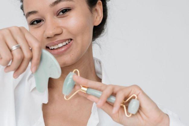 Jak odmłodzić i ujędrnić skórę